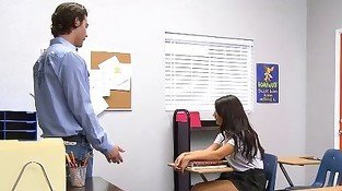 Coed with innocent face is giving her teacher a nice head