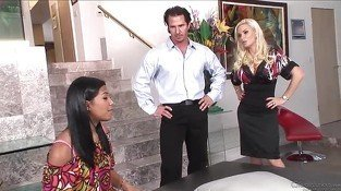 Diamond Foxxx is not happy with Emy Reyes work so the husband...