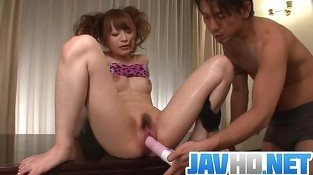 Maomi?'? Nagasawa?'? gets toys up her wet pussy